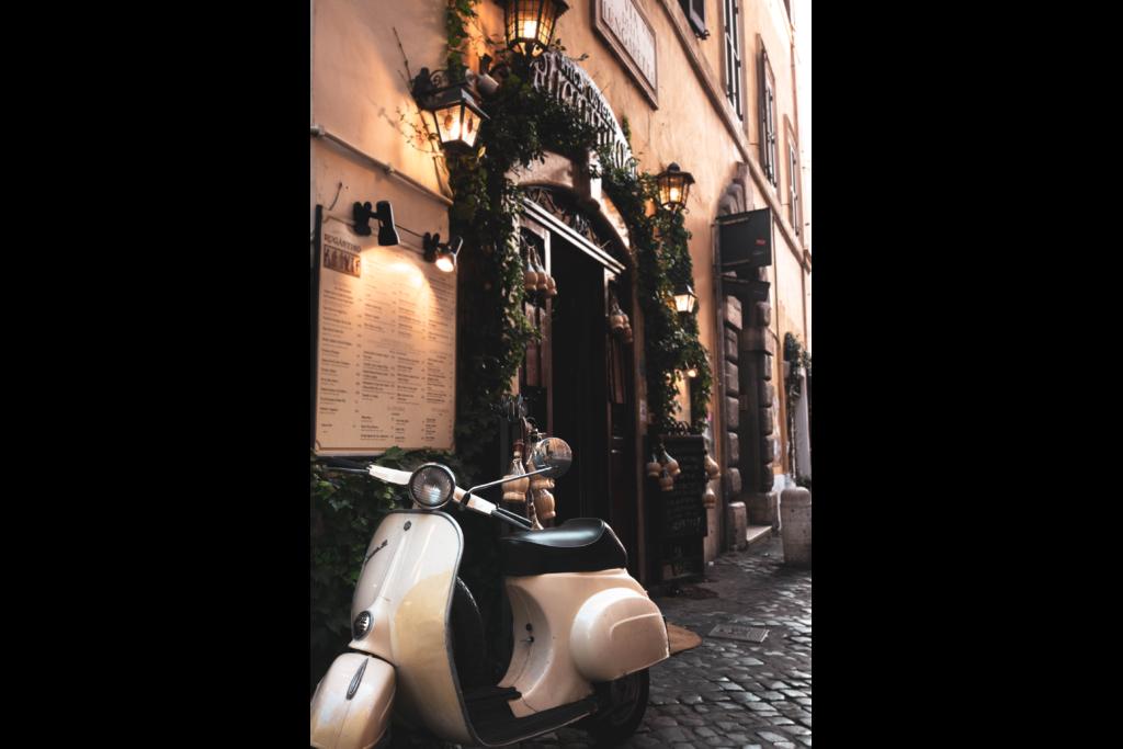photographie-LumixGX80-italie-Rome-vespa