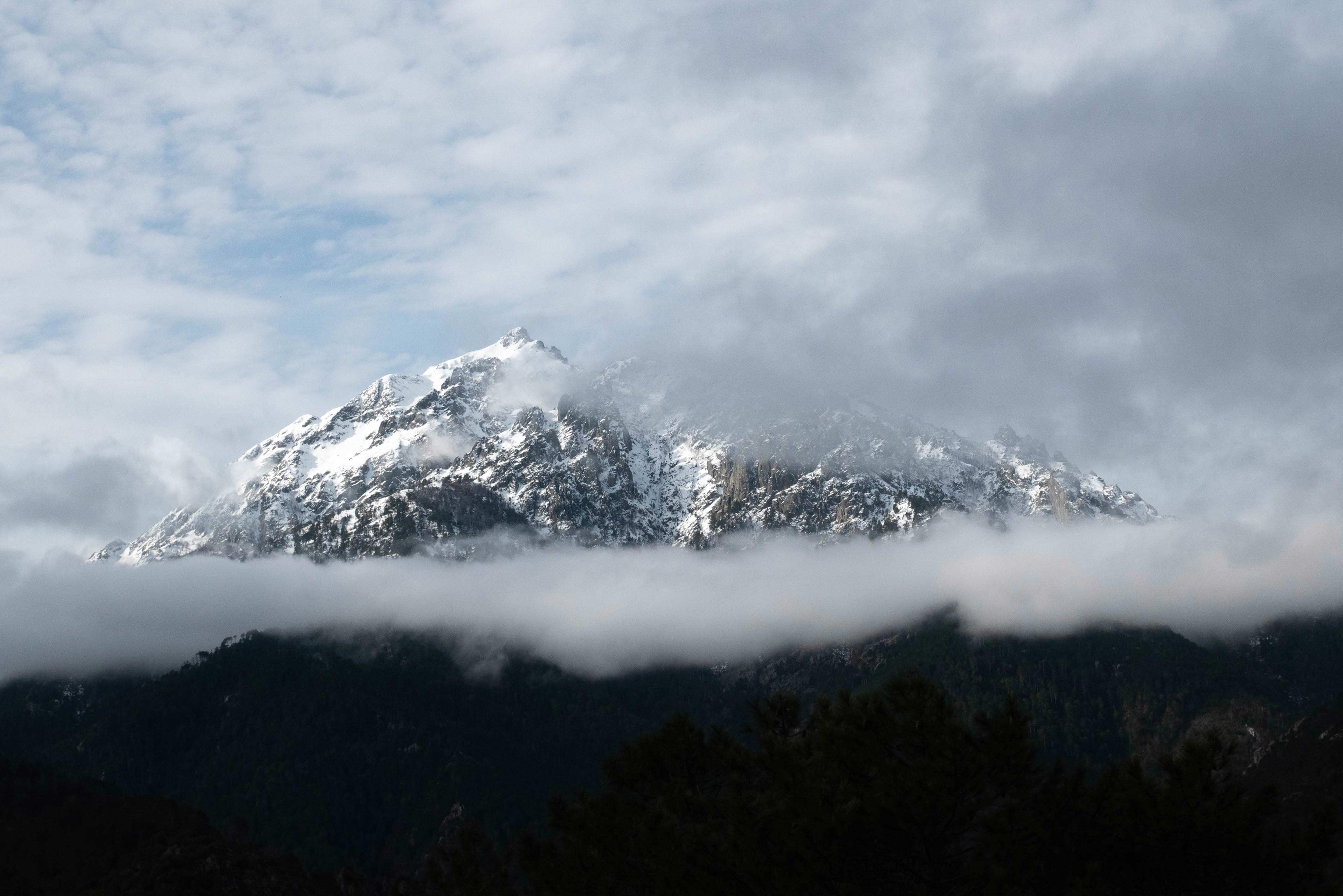 photographie-corse-cloud-venaco-winter